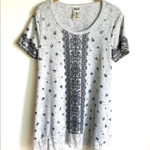 Vocal USA Top Light Gray Lace Accents Hem NWTS